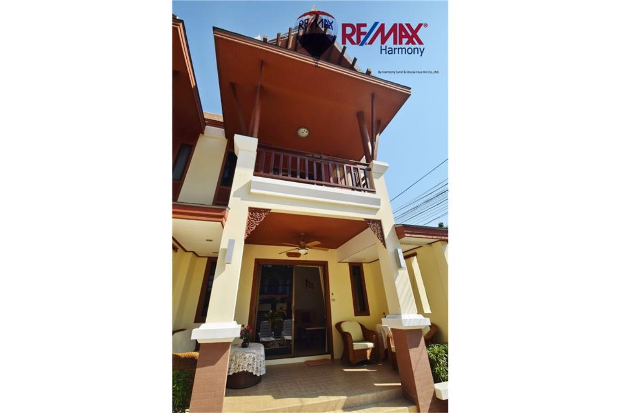 RE/MAX Harmony Agency's Unique Thai-style townhouse 200 m to the Cha Am Beach 2
