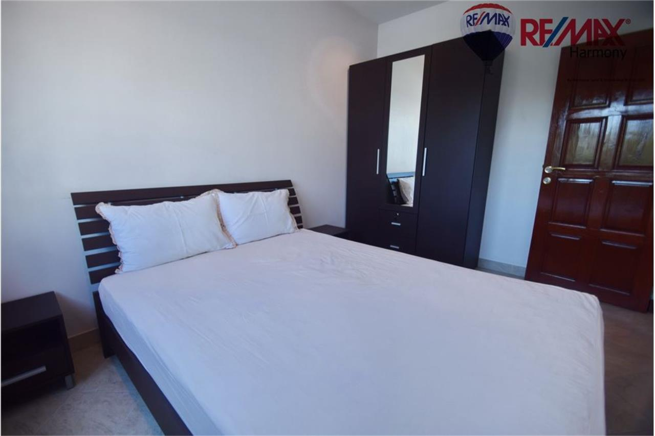 RE/MAX Harmony Agency's Unique Thai-style townhouse 200 m to the Cha Am Beach 18