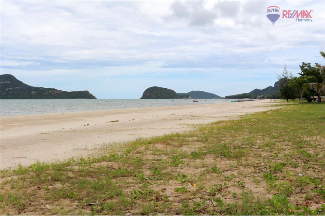 RE/MAX Harmony Agency's The Sea condo #Slice of Paradise 18