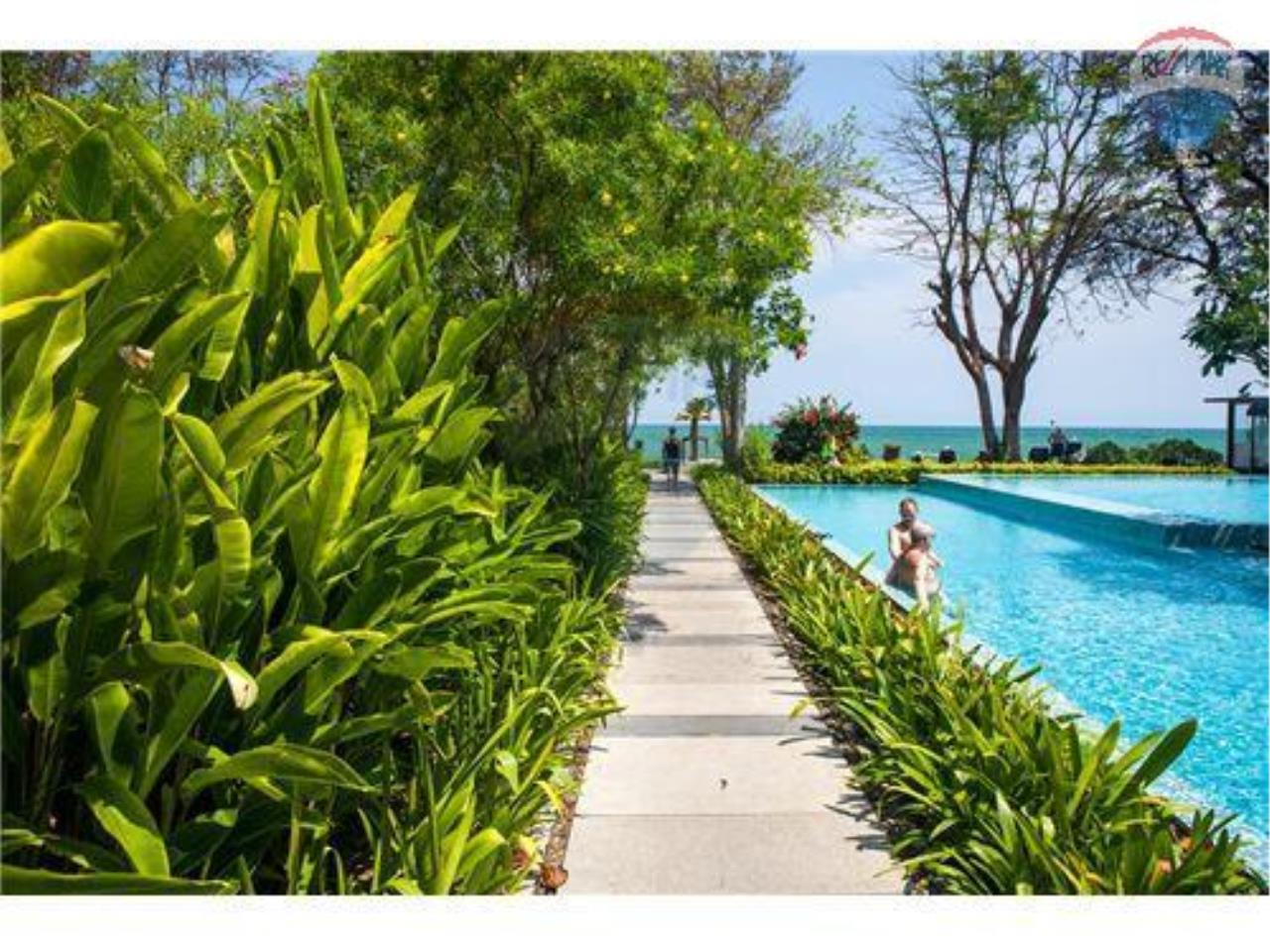 RE/MAX Harmony Agency's Beachfront Condos for rent. City Center  + 2BRcorn 5