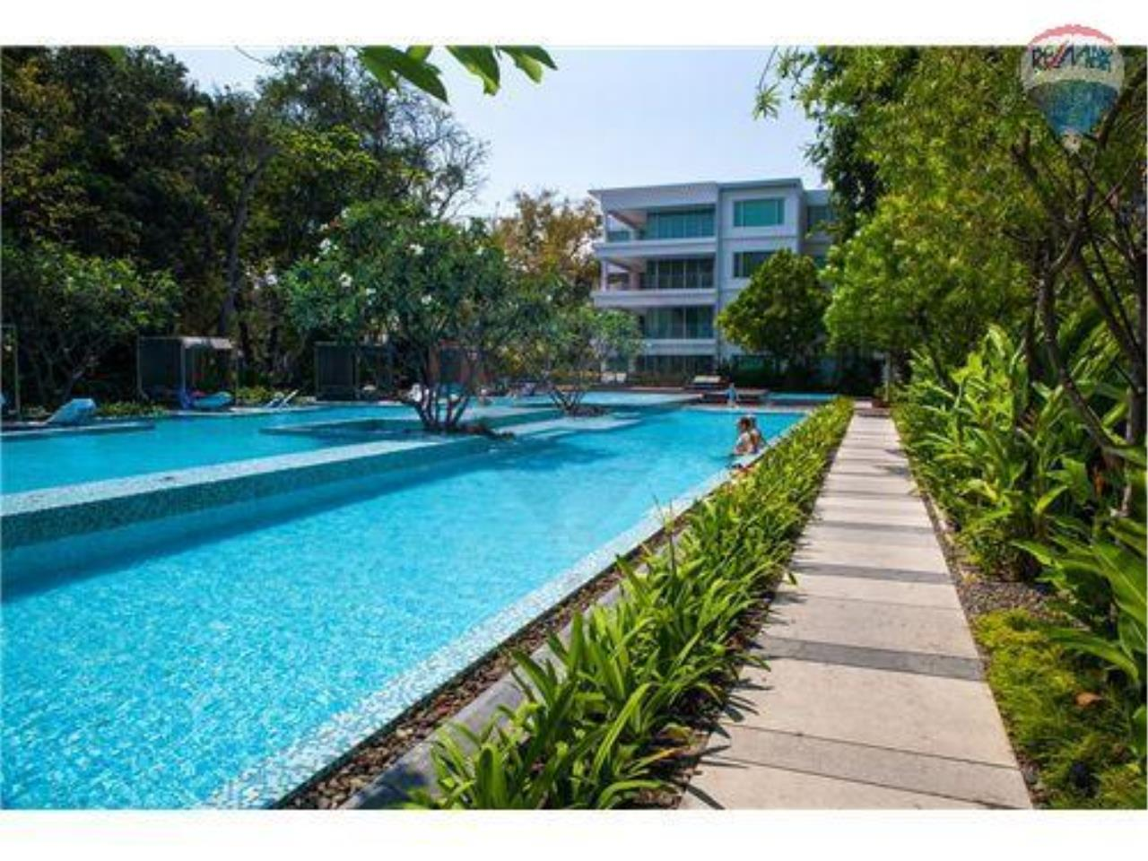 RE/MAX Harmony Agency's Beachfront Condos for rent. City Center  + 2BRcorn 6
