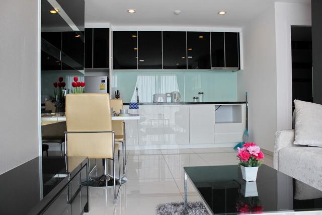 Gecko Properties Agency's Pratumnak Condo for Sale or Rent 3