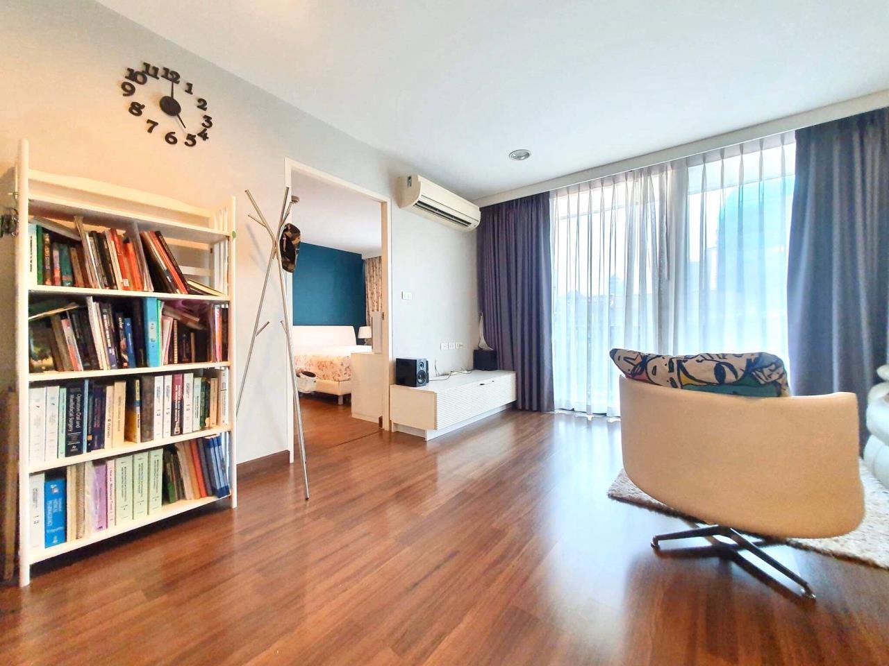 Agent - Sarunya jantanakorn Agency's For Sale!! D65 Condo 2Bedroom - BTS Ekamai 1