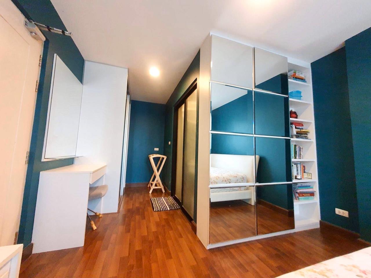 Agent - Sarunya jantanakorn Agency's For Sale!! D65 Condo 2Bedroom - BTS Ekamai 5
