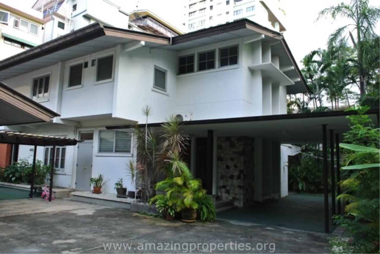 Amazing Properties Agency's 4 bedrooms House for rent 2
