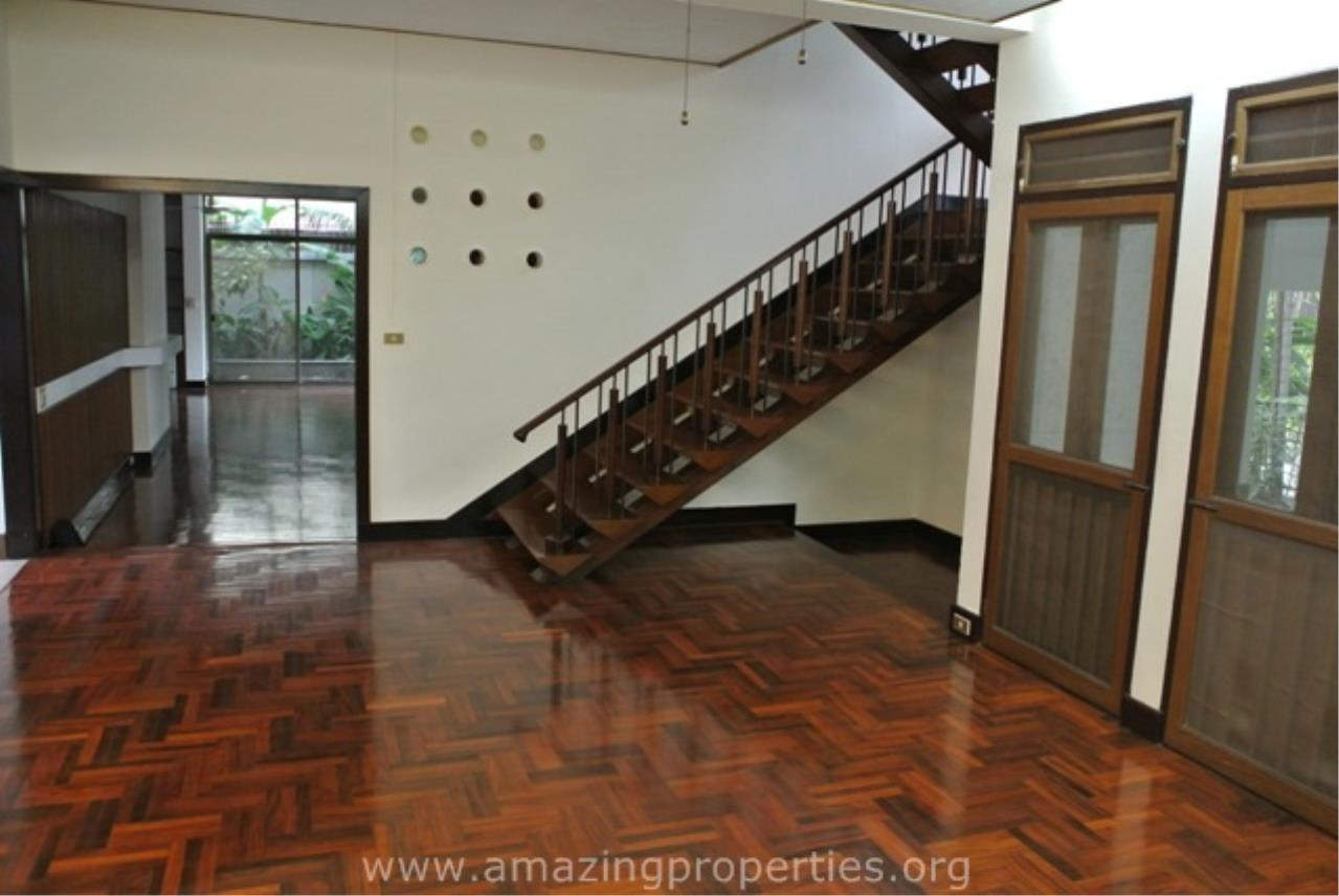 Amazing Properties Agency's 4 bedrooms House for rent 6
