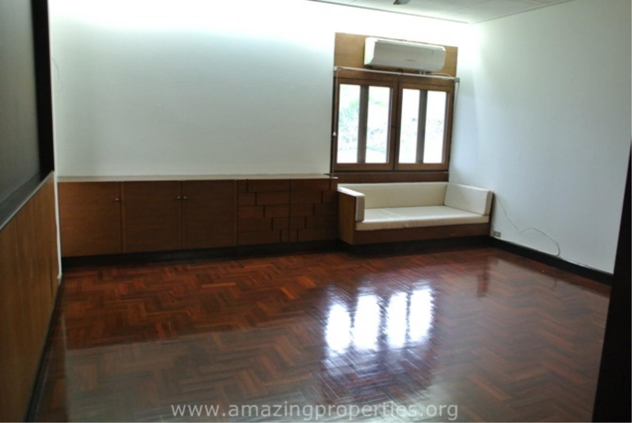 Amazing Properties Agency's 4 bedrooms House for rent 1