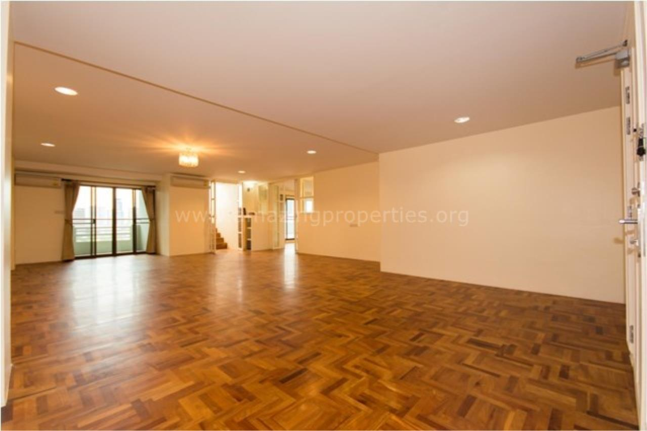 Amazing Properties Agency's 4 bedrooms Apartment for sale 2