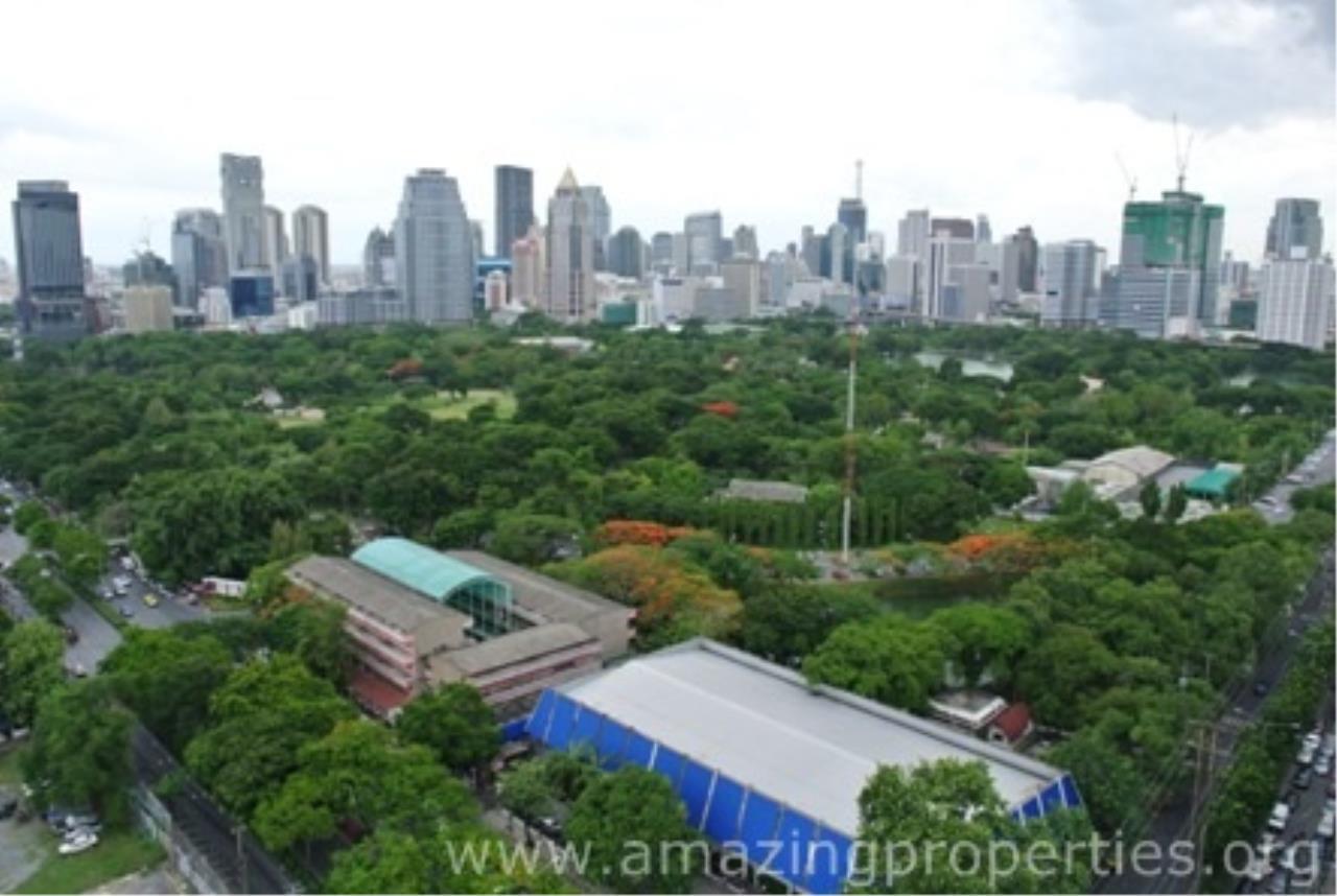 Amazing Properties Agency's 5 bedrooms Apartment for rent 11