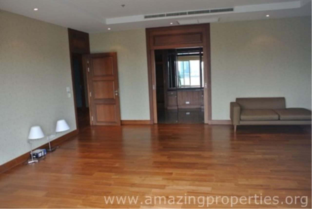 Amazing Properties Agency's 5 bedrooms Apartment for rent 7