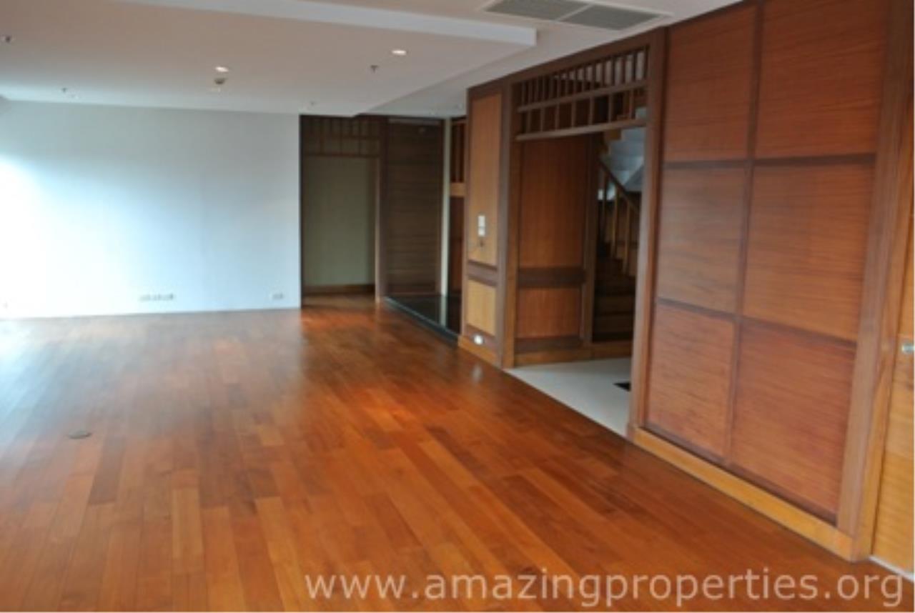 Amazing Properties Agency's 5 bedrooms Apartment for rent 2