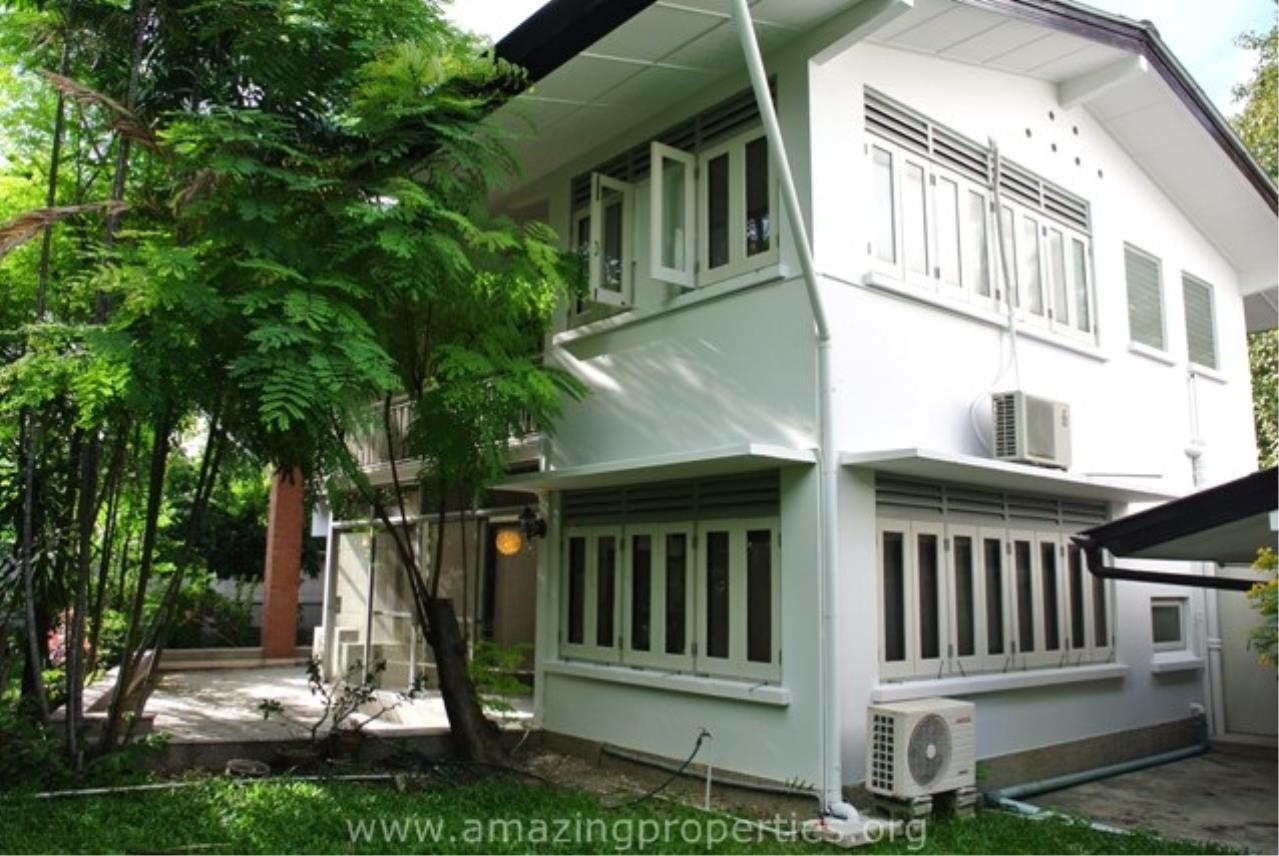 Amazing Properties Agency's 3 bedrooms House for rent 6