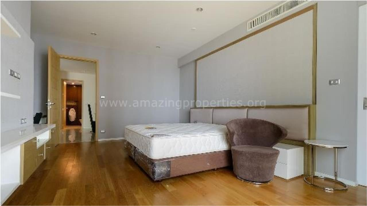 Amazing Properties Agency's 4 bedrooms Apartment for sale 8