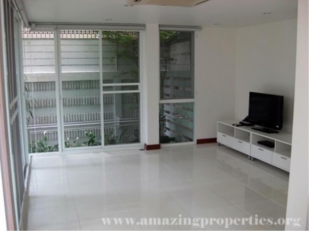 Amazing Properties Agency's 4 bedrooms Town House for rent 11