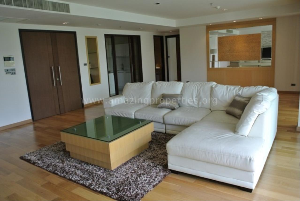 Amazing Properties Agency's 4 bedrooms Apartment for rent 2