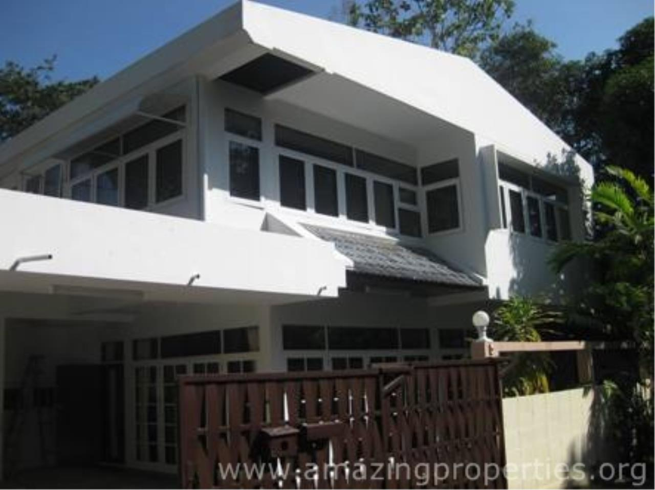 Amazing Properties Agency's 5 bedrooms Town House for rent 9