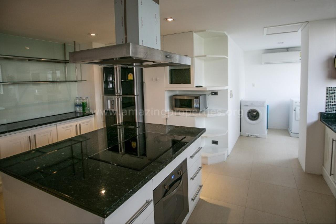 Amazing Properties Agency's 4 bedrooms Apartment for rent 4