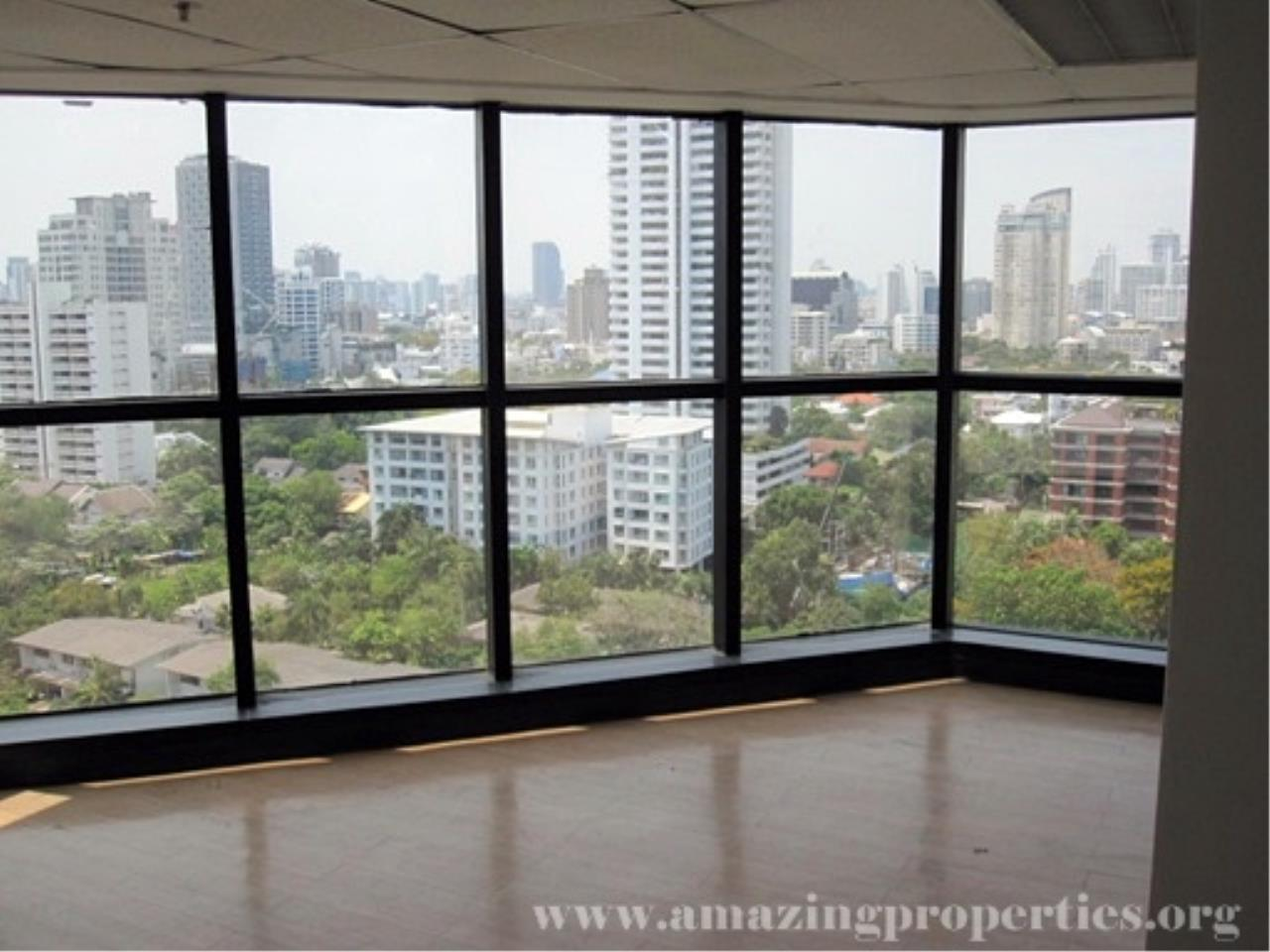 Amazing Properties Agency's Office for rent 7