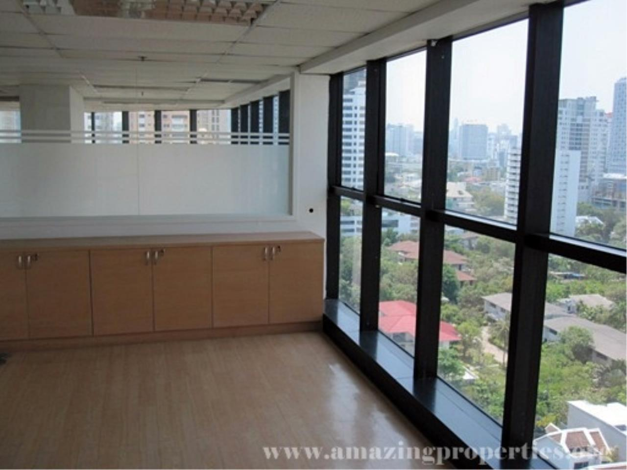 Amazing Properties Agency's Office for rent 5