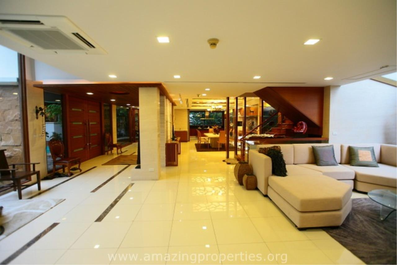 Amazing Properties Agency's 4 bedrooms House for sale 1