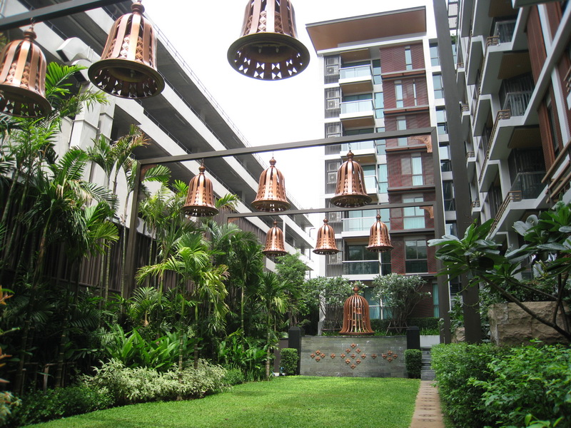 RE/MAX Properties Agency's RENT 2 Bedroom 114 Sq.m at The Address Sukhumvit 61 5