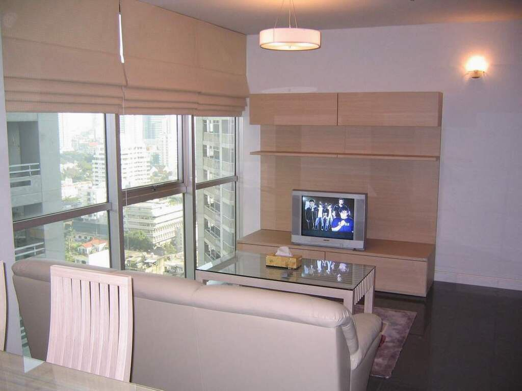 RE/MAX Properties Agency's Asoke Place, BTS Asoke, 2B/1B, High Floor. 1