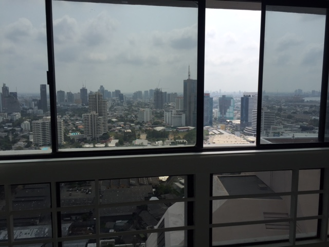RE/MAX Properties Agency's 3 Bedroom 260 Sq.m. for Rent at The President Park 8