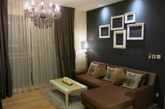 RE/MAX Properties Agency's RENT 2 Bedroom 70 Sq.m at Siri @ Sukhumvit 1