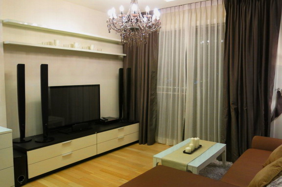 RE/MAX Properties Agency's RENT 2 Bedroom 70 Sq.m at Siri @ Sukhumvit 9