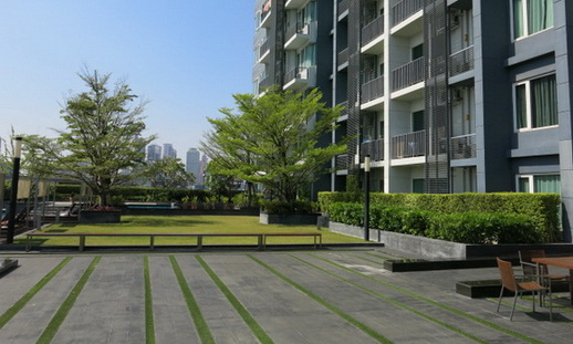 RE/MAX Properties Agency's RENT 2 Bedroom 70 Sq.m at Siri @ Sukhumvit 15