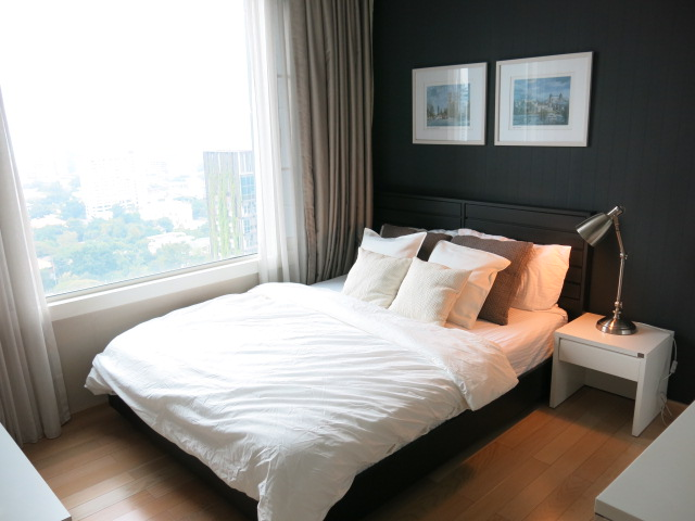 RE/MAX Properties Agency's RENT 2 Bedroom 70 Sq.m at Siri @ Sukhumvit 18