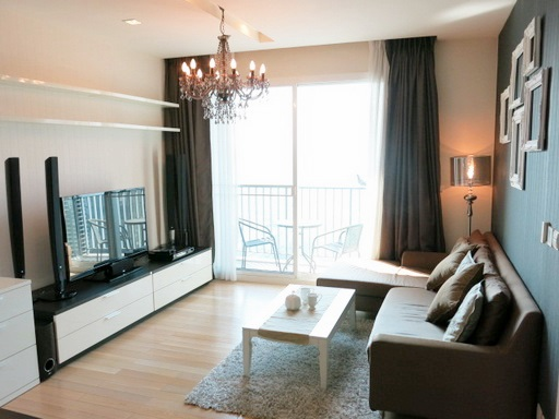 RE/MAX Properties Agency's RENT 2 Bedroom 70 Sq.m at Siri @ Sukhumvit 26