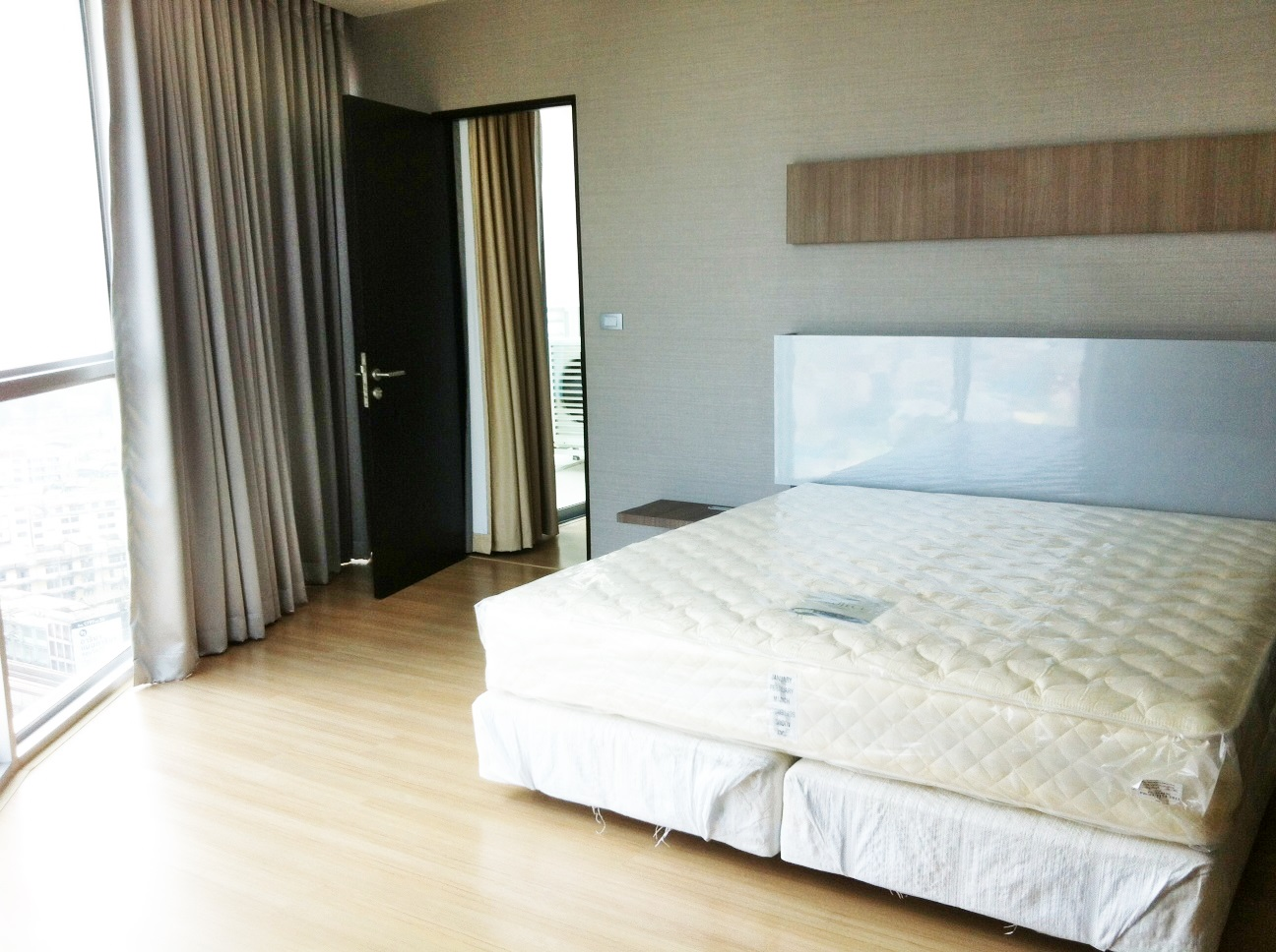 RE/MAX Properties Agency's RENT 1 Bedroom 52 Sq.m at Sky Walk condominium 3