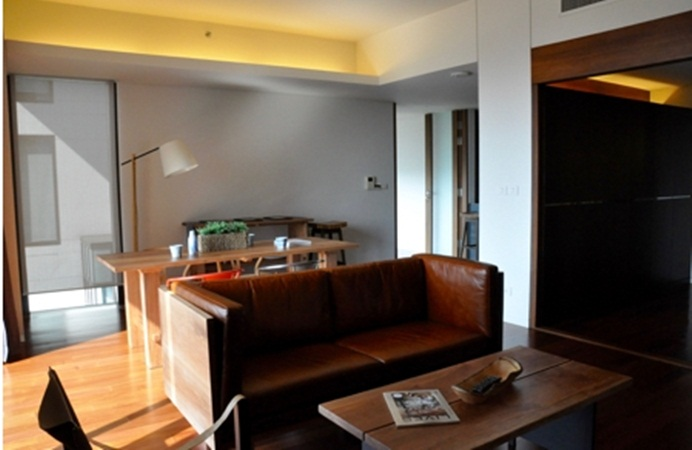 RE/MAX Properties Agency's 1 Bedroom 71 Sq.m. for Rent at Hansar Rajdamri 10