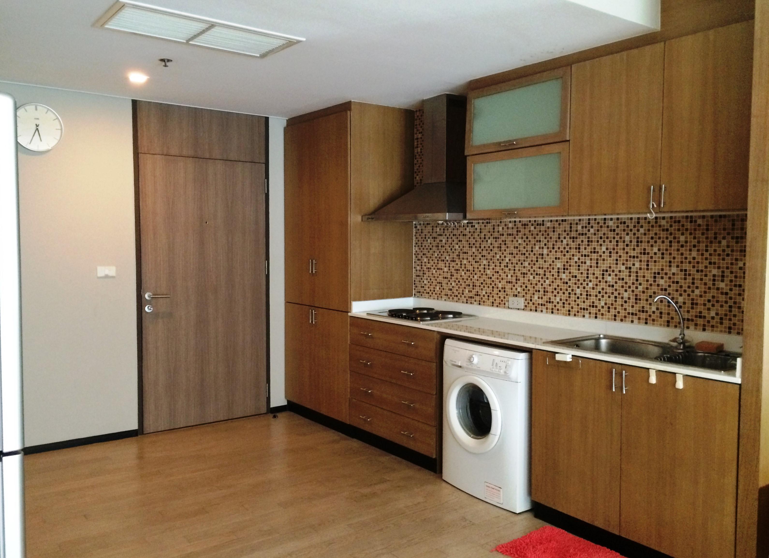 RE/MAX Properties Agency's Noble Remix, 2B/2B, High floor, BTS Thong Lo - sky walk access 5