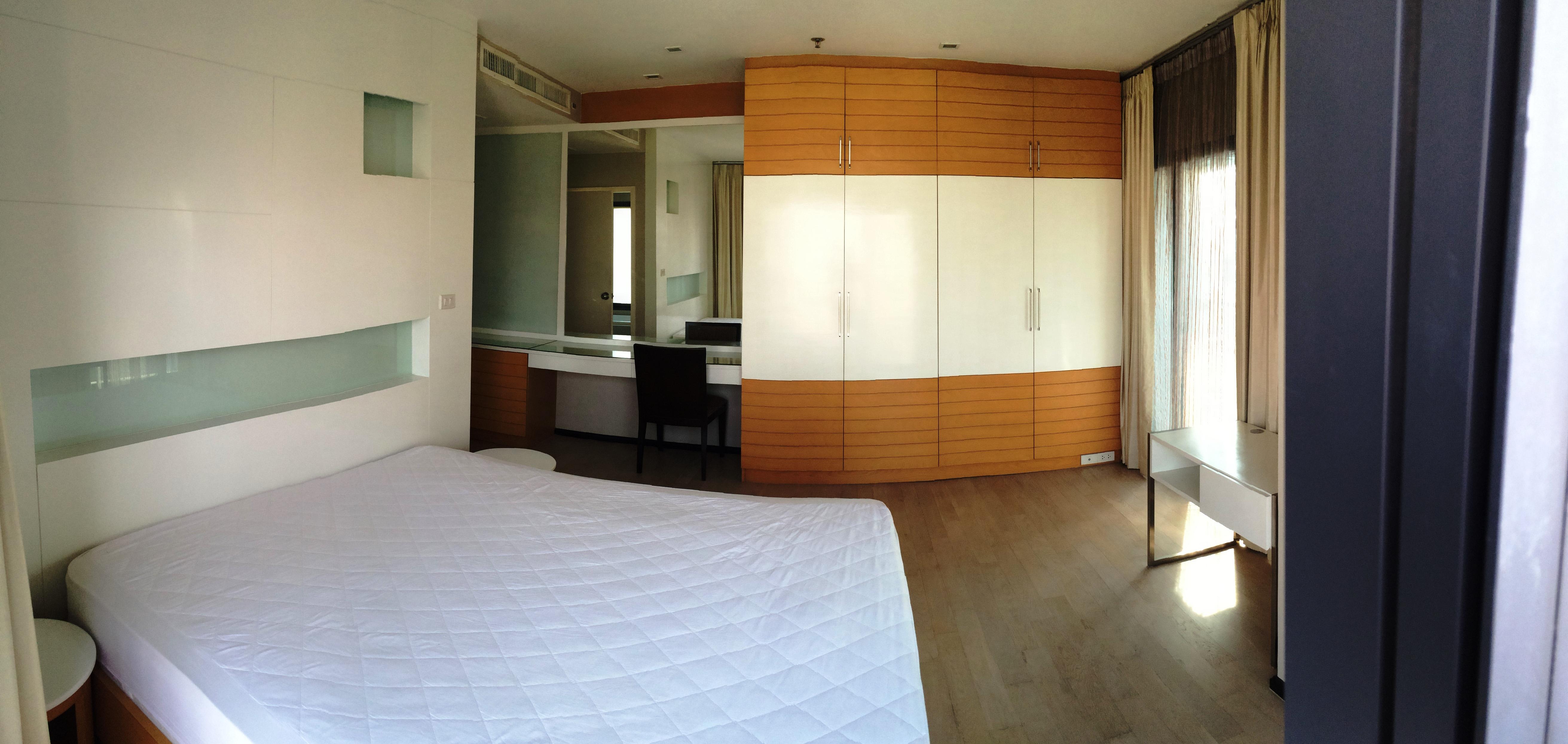 RE/MAX Properties Agency's Noble Remix, 2B/2B, High floor, BTS Thong Lo - sky walk access 9