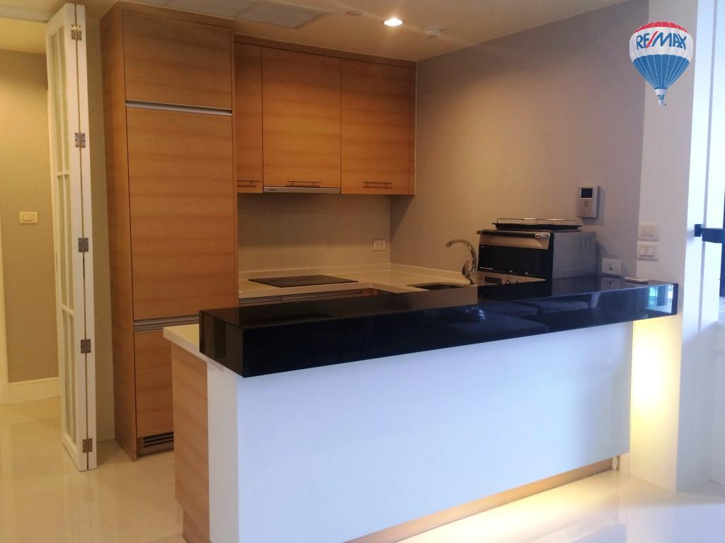 RE/MAX Properties Agency's Aguston Sukhumvit 22, BTS Phrom Phong, 2B/2B, Corner unit 8