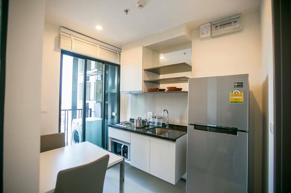 RE/MAX Properties Agency's RENT  The Base Park East 1 bed 27 Sq.m Sukhumvit  2