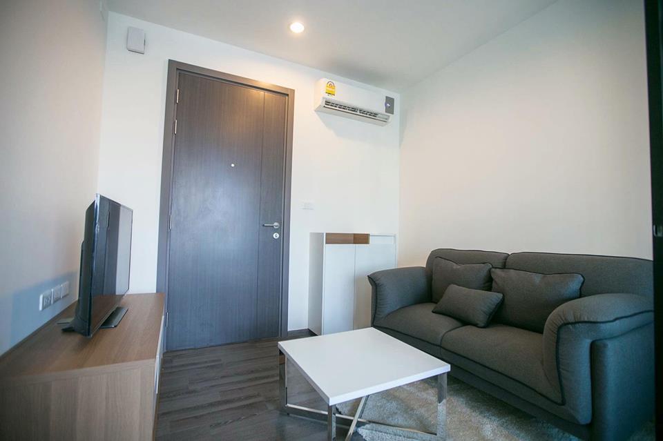 RE/MAX Properties Agency's RENT  The Base Park East 1 bed 27 Sq.m Sukhumvit  5