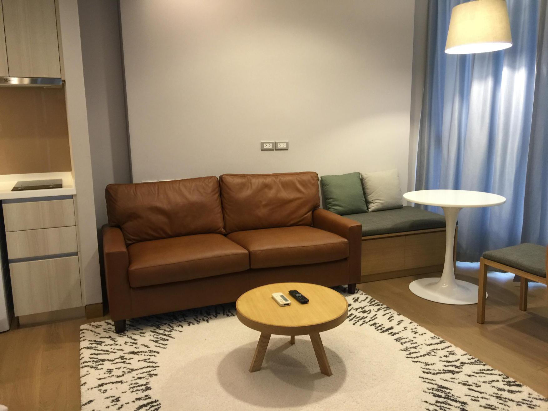 RE/MAX Properties Agency's SALE / RENT The Lumpini24 1 Bed 38 Sq.m at Sukhumvit 1
