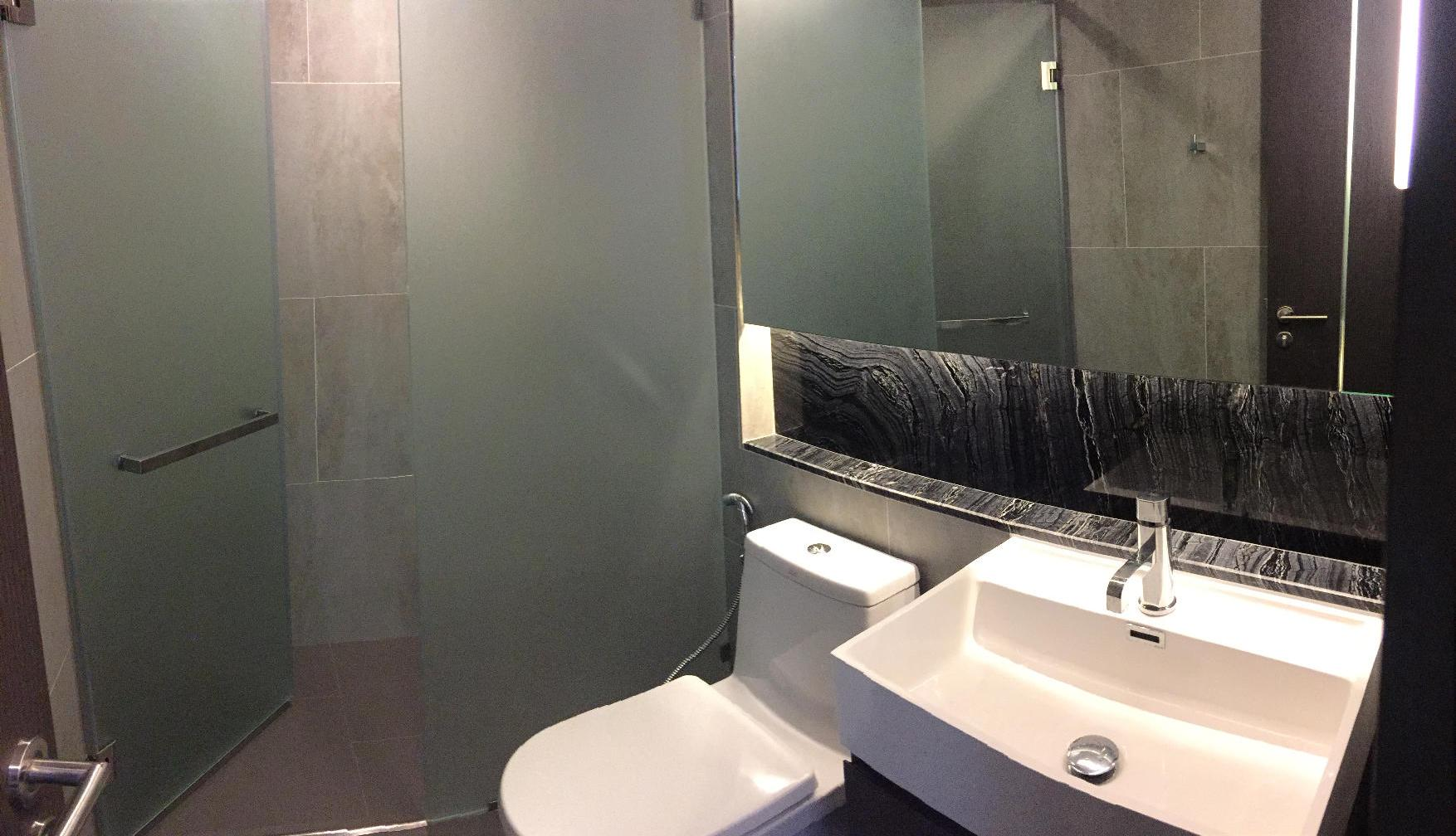 RE/MAX Properties Agency's SALE / RENT The Lumpini24 1 Bed 38 Sq.m at Sukhumvit 13