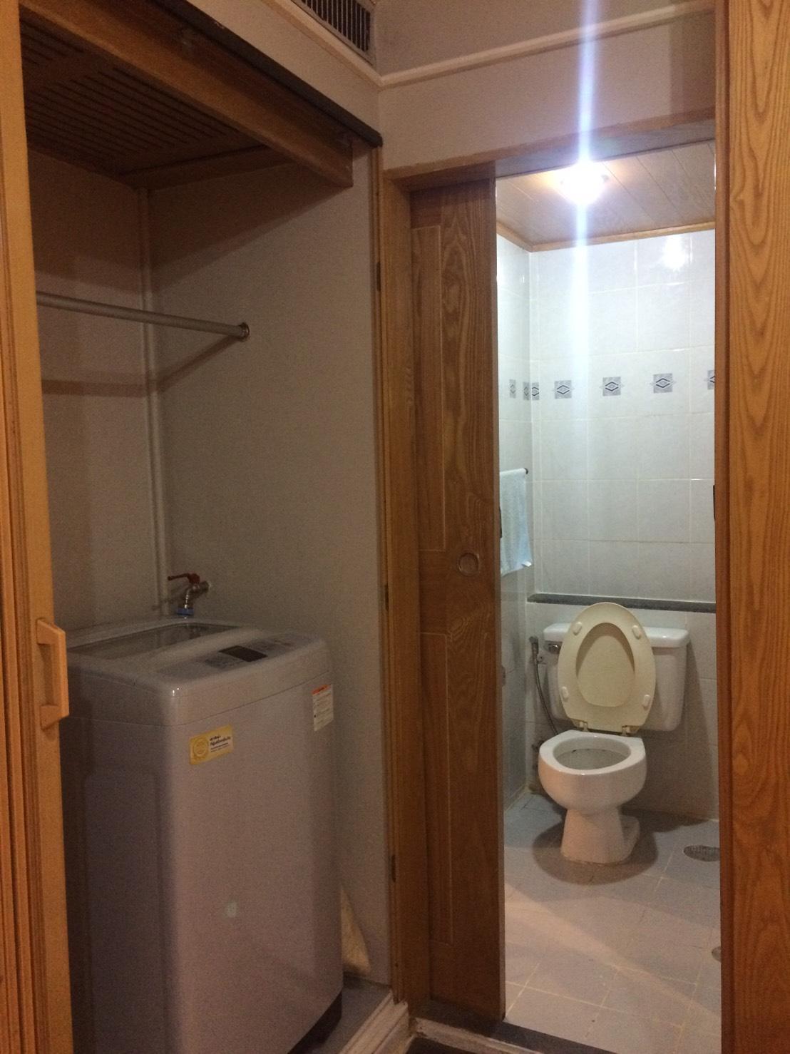 RE/MAX Properties Agency's RENT 1 Bedroom 47 Sq.m Baan Suk San 5