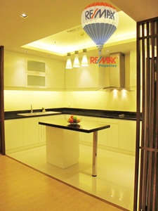 RE/MAX Properties Agency's RENT 2 Bedroom 130 Sq.m at Baan Suanpetch 5