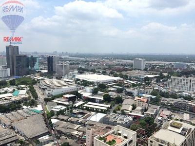 RE/MAX Properties Agency's RENT 2 Bedroom 55 Sq.m at Lumpini 24 13