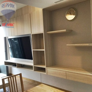 RE/MAX Properties Agency's RENT 2 Bedroom 55 Sq.m at Lumpini 24 17