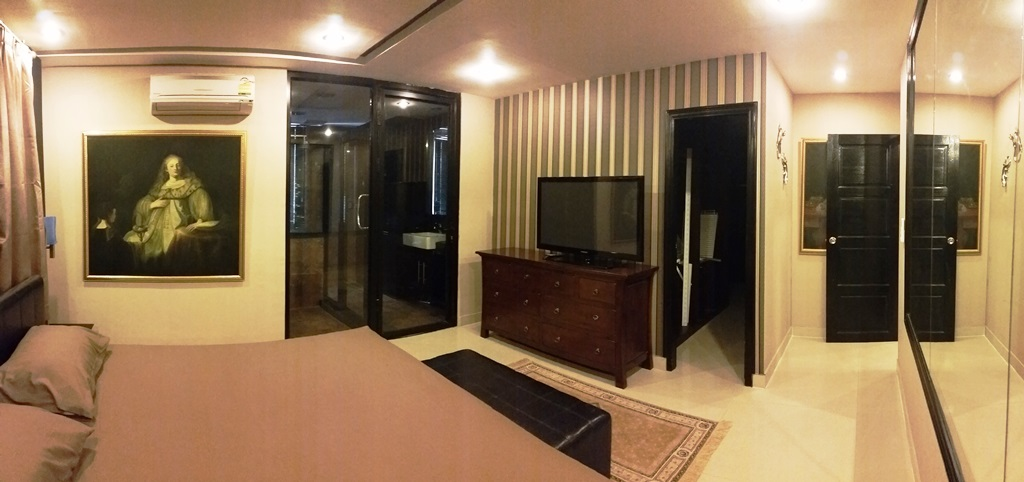 RE/MAX Properties Agency's Investment sell condo 128 sqm with tenant only 11 M 12