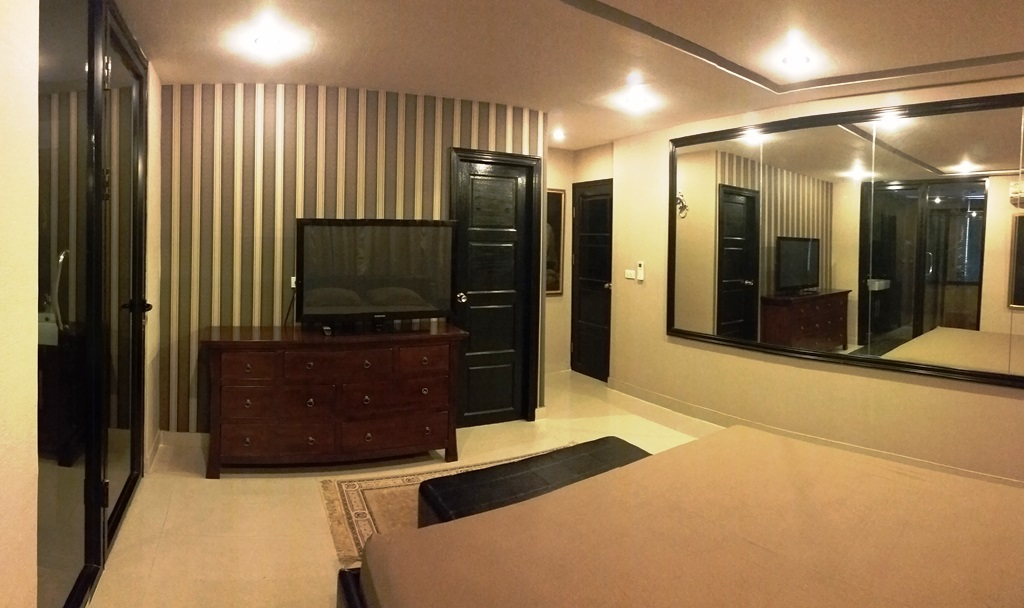 RE/MAX Properties Agency's Investment sell condo 128 sqm with tenant only 11 M 16