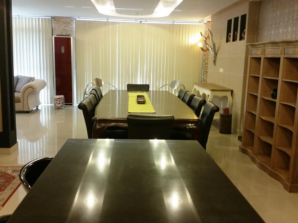 RE/MAX Properties Agency's Investment sell condo 128 sqm with tenant only 11 M 9