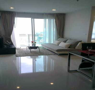 RE/MAX Properties Agency's Rent 2 Bedroom 48 Sq.M. only 24,000 THB in Prakanong area 1