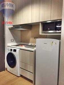 RE/MAX Properties Agency's RENT 1Bedroom 32 Sq.m at Lumpini 24 19